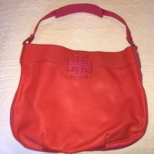 Tory Burch leather stacked T hobo!